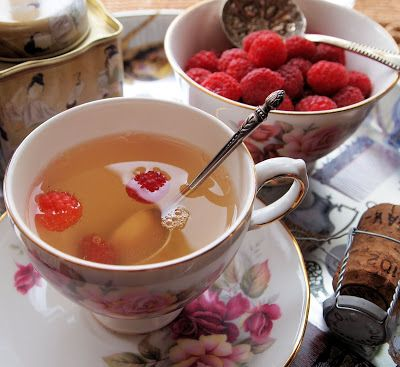 Book and Recipe Review ~ The Vintage Tea Party by Angel Adoree and Green-Jasmine Tea Bubbles