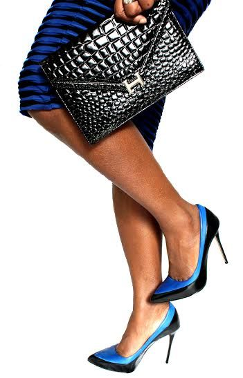 Leather against Black and Blue | Her Corporate Style- Blue and Black Aldo heels