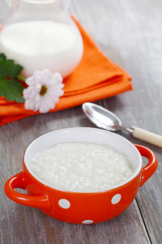 Recette crème de riz : dessert pour bébé. Plus de recettes pour bébé sur www.enviedebienmanger.fr/idees-recettes/recettes-pour-bebe