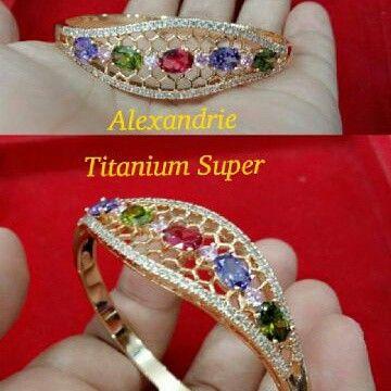 Gelan titanium Batu alexandrie Harga Rp 400.000 Disc 25%