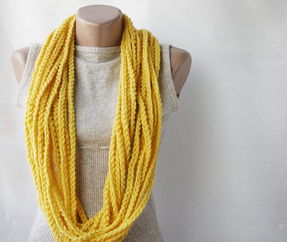 DIY crochet necklace - beginner level: Crochet Ideas, Style, Crochet Scarf Tutorial, Crochet Chain Scarf, Things, Diy, Craft Ideas, Beginner Crochet Tutorial, Crochet Scarfs