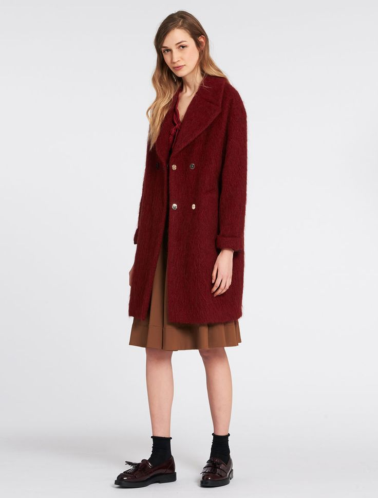 Pennyblack - Alpaca/mohair blend coat, Red - Coat in alpaca/mohair blend. Soft, slightly egg-shaped. Reaching above the knee knee-length. Lapel collar, concealed double breasted snap-button fastening Slit pockets on the front. Lined. - Free Shipping and Returns