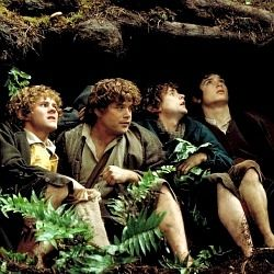 Hobbit Costumes and Accessories from Lord of the Rings
