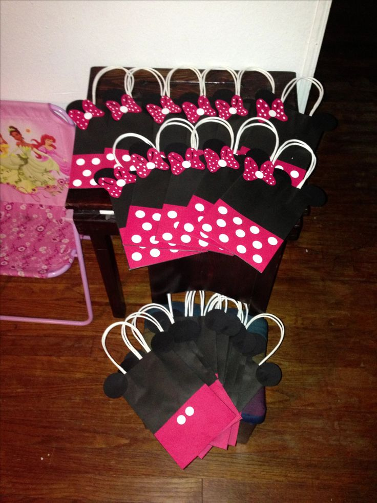 Minnie mouse mice and gift bags on pinterest