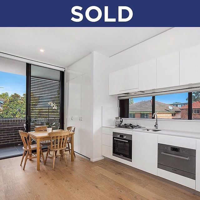 SOLD: 8/189 Fitzgerald Avenue, Maroubra sold for $640,000 over the weekend, a fantastic result for the buyer. #marnieseinor #maroubra #sydneypropertymarket #sydneypropertysales #sydneyrealestateagent #sydneyproperty #sydneyrea #sydney #maroubrabeach #maroubralife #property #propertysales #rea #realestate