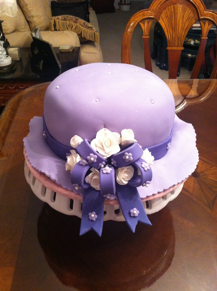 My Cake Decorating Gr Facebook : 29 best images about Hat shaped cakes on Pinterest ...
