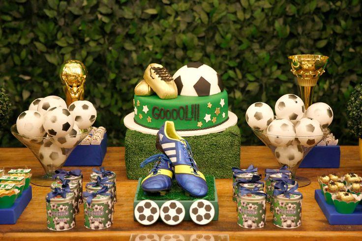 Só golaço nessa decoração para festa infantil de Futebol. Tudo preparado para envolver os convidados ao climão de partida!