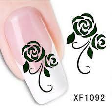 Afbeeldingsresultaat voor nagels roos zwart wit