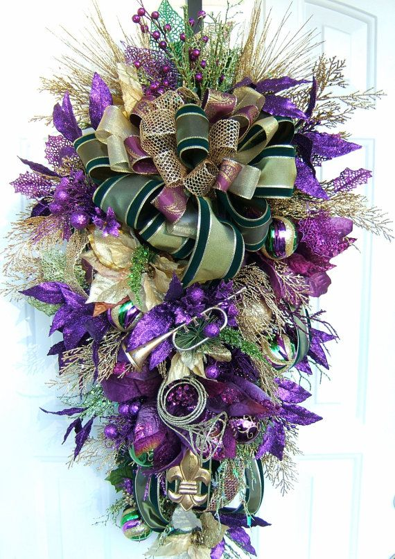 Mardi gras masksXL Beautiful purple and Gold floral Christmas swag Fleur De Lis Door wreath Swag Mardi Gras Handmade & The 10 best images about Mardi gras on Pinterest   Deco mesh Floral ...