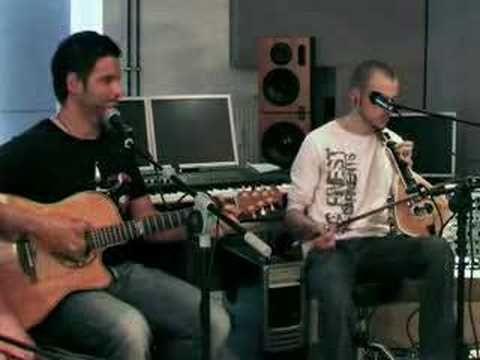 "The famous cretan song ""Astra mi me malonete"" performed with the fantastic greek band ""Ithikon Akmeotaton"""