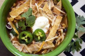 Slim Down With These 11 Slow Cooker Recipes That Are Under 350 Calories