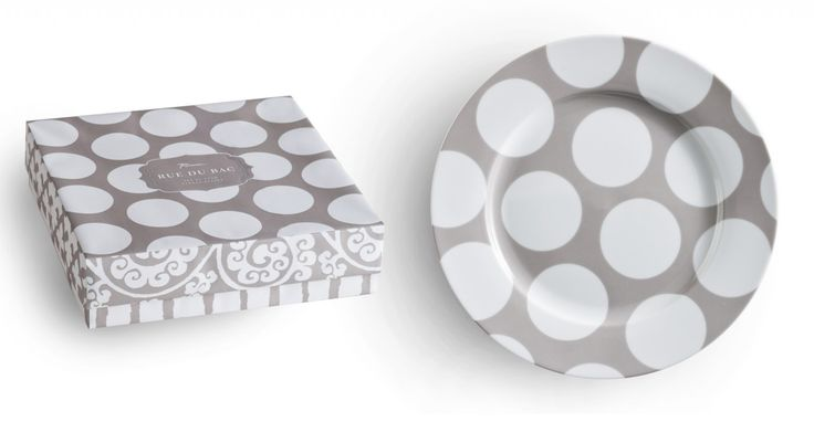 Rosanna Rue de Bac Dinner Plates — Mix and match these globally inspired patterns for a sophisticated tabletop in subtle driftwood hues. This collection features a full-size dinner plate and our new infinity platter. Four plates, one design, in a gift box; 27cm