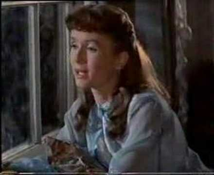 Debby Reynolds  sings Tammy.(1950's) Mother of the the lady who play Princess Leia in Star Wars. (Carrie Fisher)