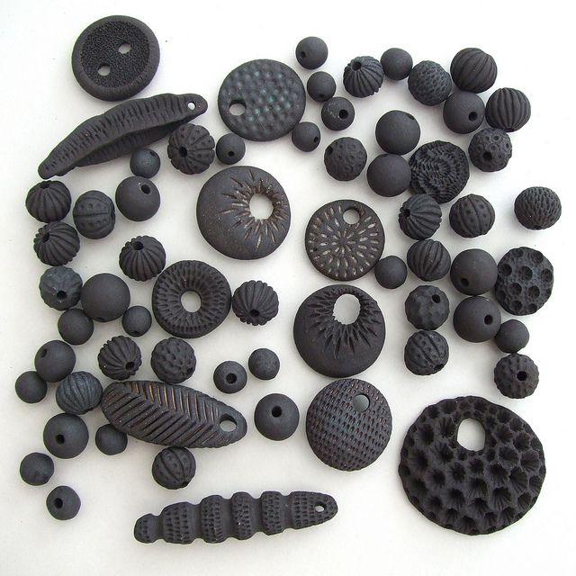 2*****vs..........///                                                         lisa stevens - new black clay