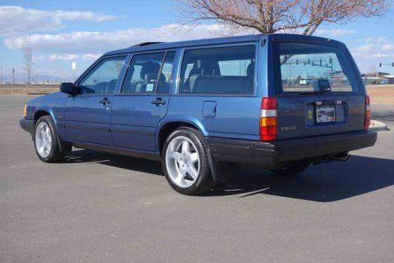 Good Looking Brick 1993 Volvo 940 Turbo Wagon авто