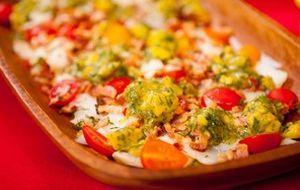 Salmão grelhado com molho teriyaki, abacate com arroz sete grãos e amêndoas - Receitas da Carolina - Programas - GNT