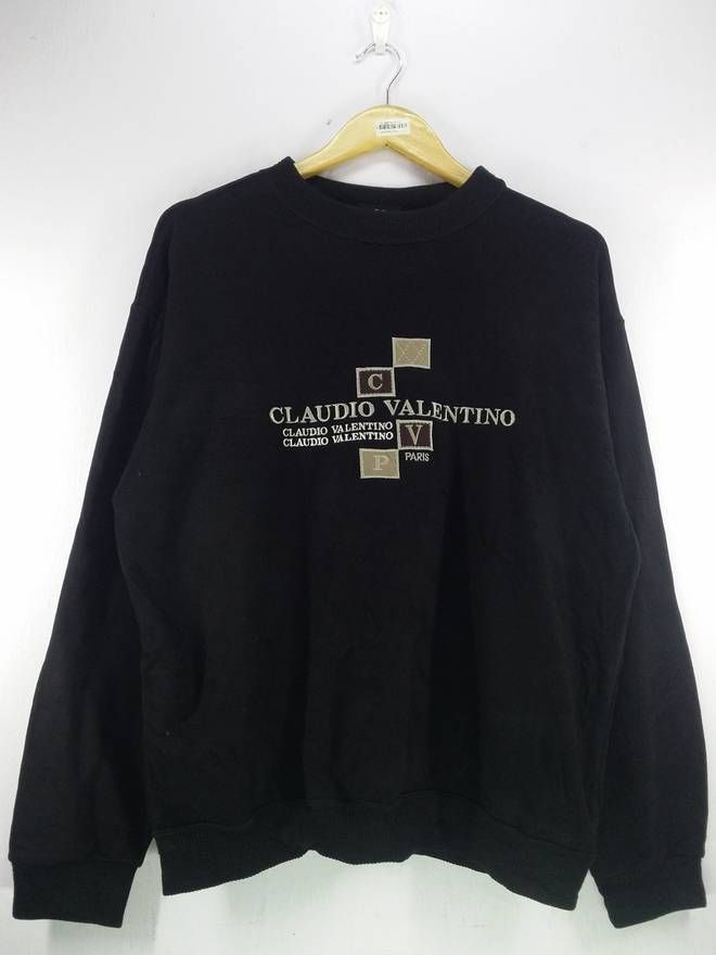 d2c1a7b63513 Valentino Vintage 90 s Claudio Valentino Logo Spell Out Embroidery Velvet  Black Sweatshirt Jumper Pullover Size Extra Large Size US XL   EU 56   4