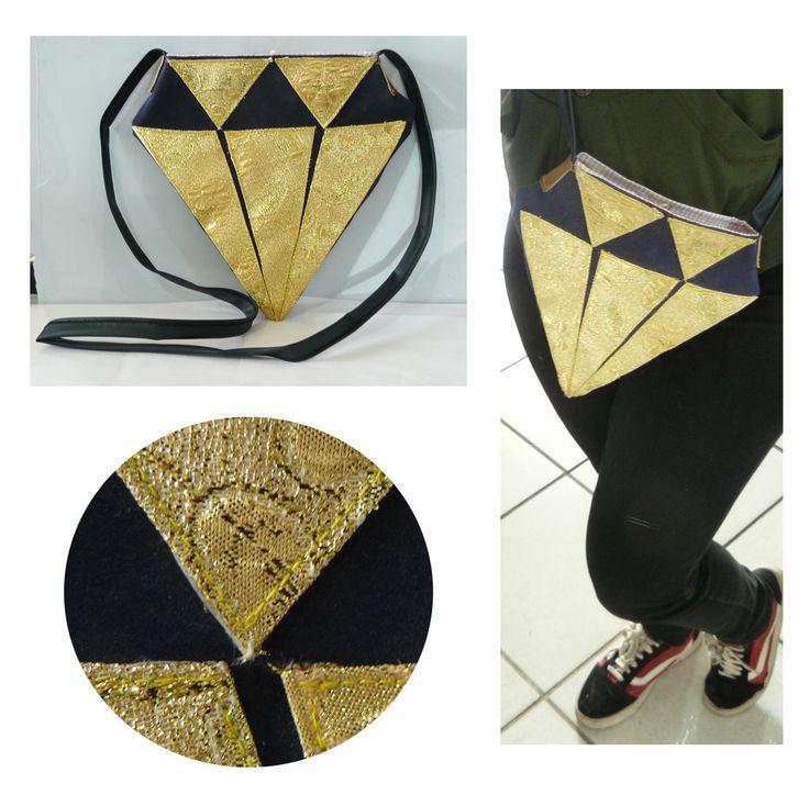 Diamond Bag BY CERESITA QUINTANA air cushion recycling http://ceresitaarte.tumblr.com/