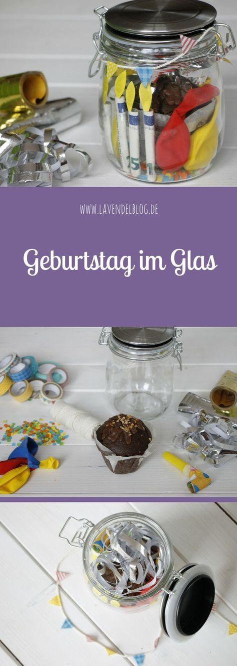 Geburtstag im Glas ist nicht nur eine kreative DIY Idee zum Geburtstag, sondern auch eine super Möglichkeit zum Geldgeschenke originell verpacken. Die Bastelidee zum Geburtstag lässt sich auch für andere Anlässe umsetzen wie beispielsweise Geldgeschenke H