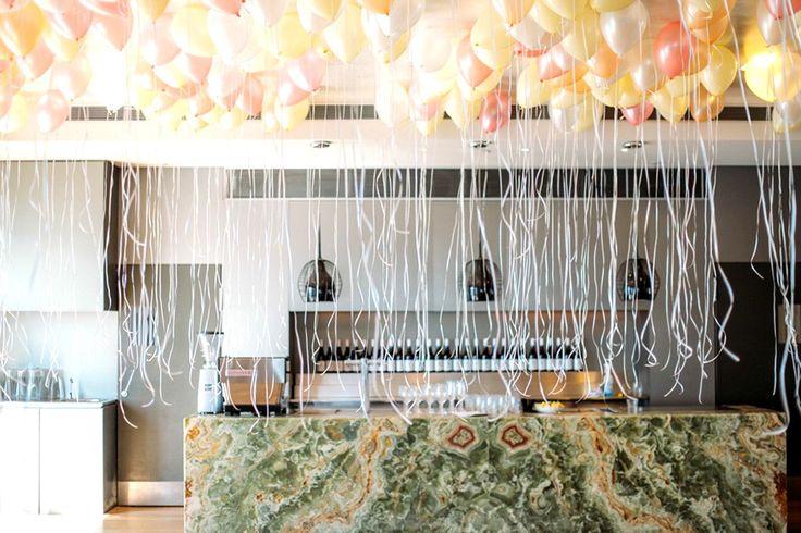 Украшение шарами. #оформлениесвадьбы #оформление #красиваясвадьба #необычнаясвадьба #декор #дизайн #свадьбамосква #банкет  #букетневесты #флористика