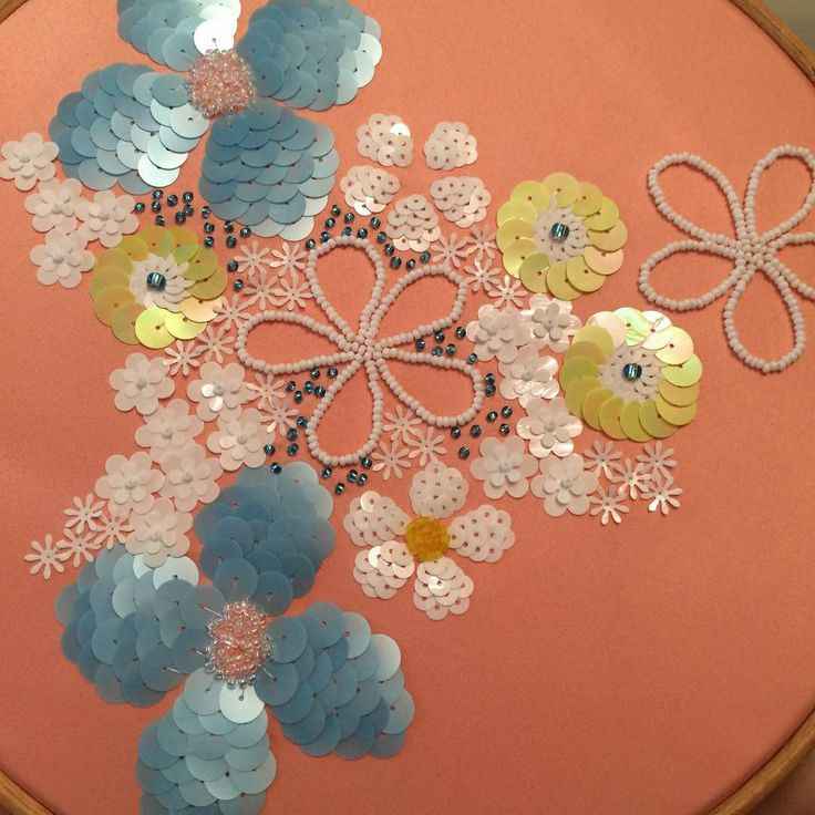 17 Best Images About Hand Embroidery- Using Beads/sequin Etc On Pinterest | Pearls Haute ...
