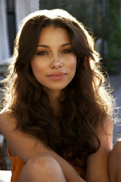 Yasmin Hyacinth Granger // 17. Undecided. Jessica Parker Kennedy.