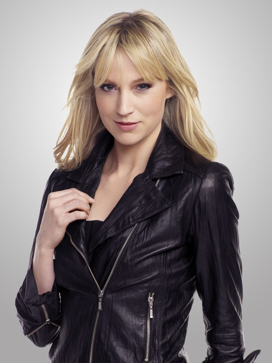 Google Image Result for http://images.zap2it.com/images/tv-EP01087016/leverage-beth-riesgraf-1.jpg