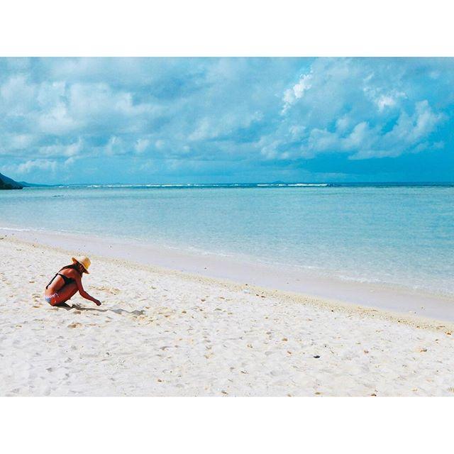 【_mai___】さんのInstagramをピンしています。 《⋆ 自由に食べ過ぎた ⋆ 久しぶりに体重計のって引いた😂😂😞 どーしよ🐷😂 ⋆ 沖縄のラーメン美味しすぎた😂🍜🍥 ⋆ #okinawa#miyakojima#sea#beach #travel#findtravel#genic_mag #沖縄#宮古島#海#珊瑚#カメラ女子 #与那覇前浜ビーチ#砂浜サラサラすぎて引いた #明日からダイエットかな#ラーメン禁止かな #おやすみなさい🐷》