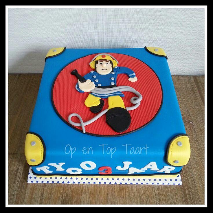 Die Besten 17 Ideen Zu Feuerwehrmann Sam Kuchen Auf Pinterest Cupcakes Feuer