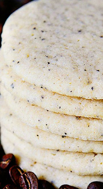 Coffee Sugar Cookies - I always think of pairing coffee with chocolate desserts but this is a great idea! www.thecoffeedispatch.com