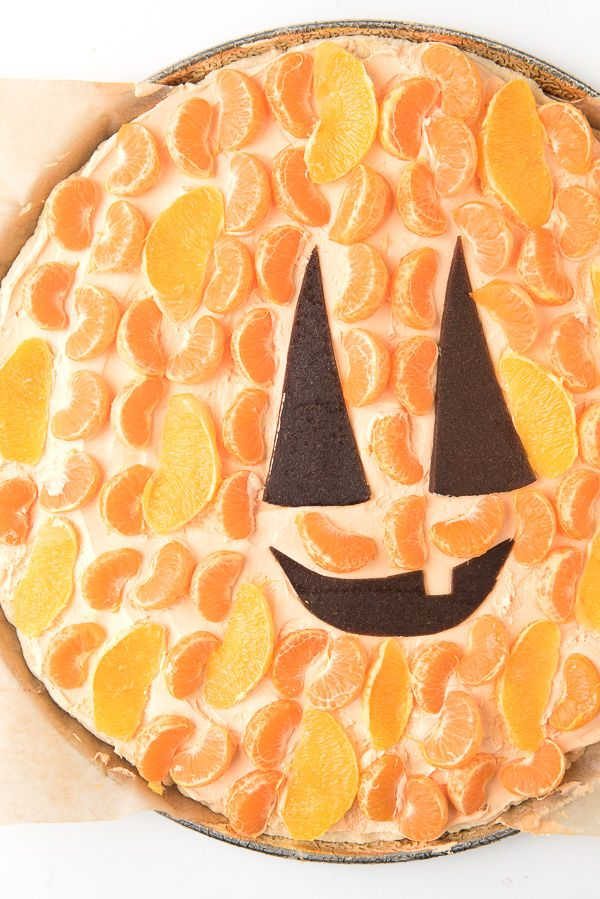 Jack-o-Lantern Fruit Dessert Pizza | Boulder Locavore