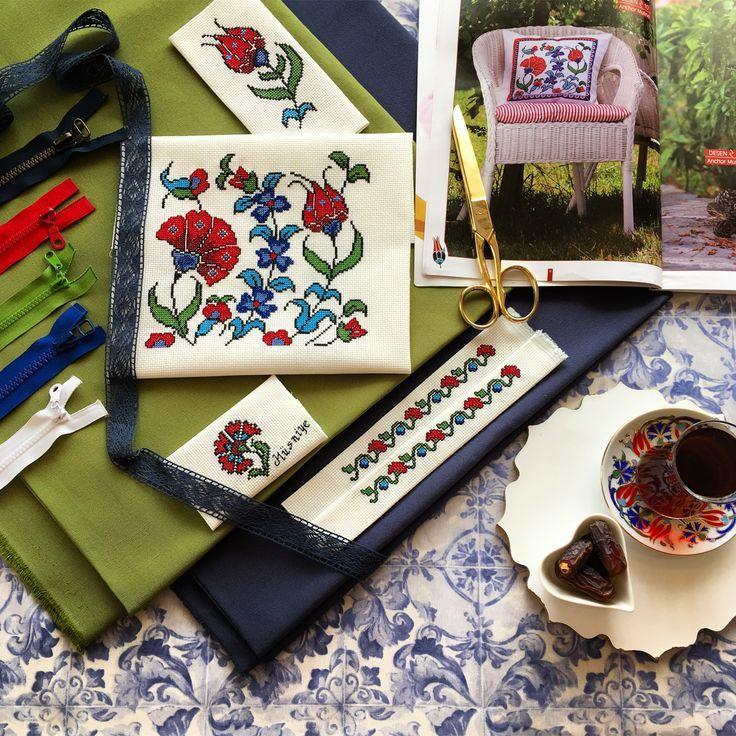 Kanaviçelerim panosunda kendi el emeklerimi paylaşıyorum.instagram hesabımı inceleyebilirsiniz @hediye_kanavice