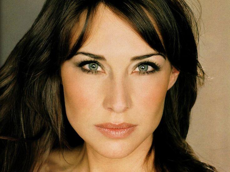 Claire Forlani as Melanie!