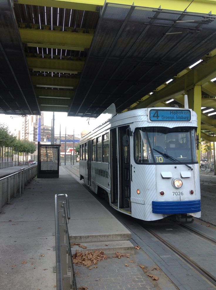 12 best images about trams in antwerpen on pinterest 2 om and doors - Lijn een corridor ...