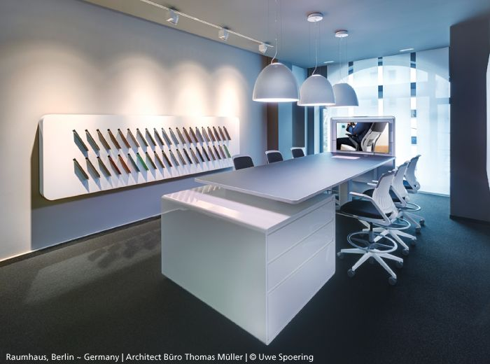 A clear and well lighted showroom is a token. White #Nur Mini Gloss by Ernesto Gismondi