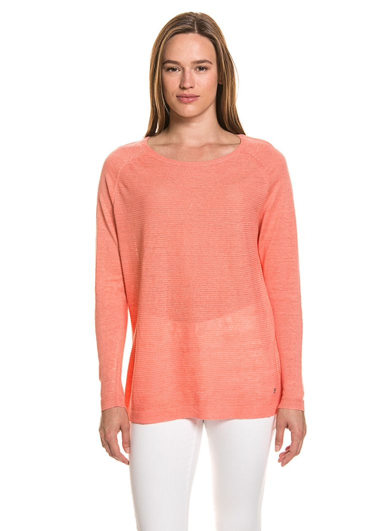 Bogner Jeans Feinstrickpullover, Rundhals, gerader Schnitt rosa Jetzt bestellen unter: https://mode.ladendirekt.de/damen/bekleidung/pullover/rundhalspullover/?uid=f48605ce-0a0c-5b2a-a12e-6e9a44ee0d52&utm_source=pinterest&utm_medium=pin&utm_campaign=boards #halspullover #pullover #tops #bekleidung Bild Quelle: brands4friends.de