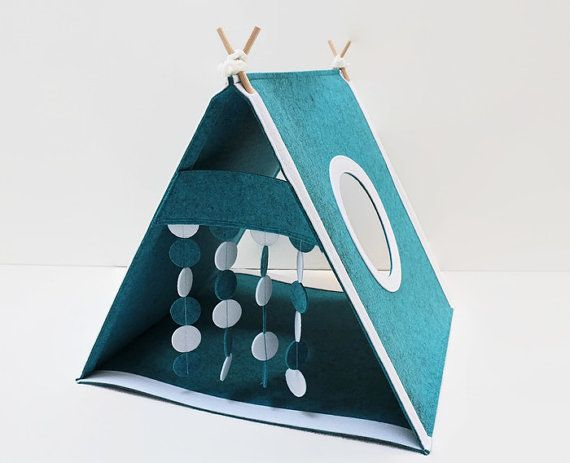 Cat house from felt Christmas cat bed Felt toy for by CatsbyDesign