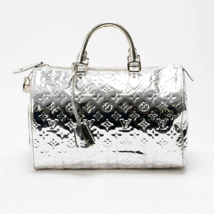 Louis Vuitton Handbag In Silver.