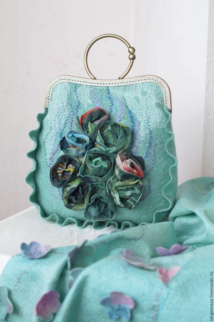 felted bag | Купить Валяная сумка мятная с розами, летняя, яркая - мятный, цветочный, сумочка ручной работы