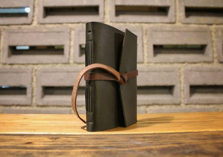 "Back to basic. Who wants this black basic journal?  Add @hibrkraft (please use ""@"") di LINE kamu atau chat langsung untuk pemesanan order pricelist dan katalog! Selain itu kami juga akan post info dan trivia menarik seputar dunia penulisan journalling sketch dan lainnya :) . . #journal #productphotography #handicraft #leather #bukuunik #travelnote #photography #bookbinding #booklover #handmade #giftideas #jualsketchbook #hadiahwisuda #traveljournal #notes #bandofun #weddinggifts #sketchbook…"