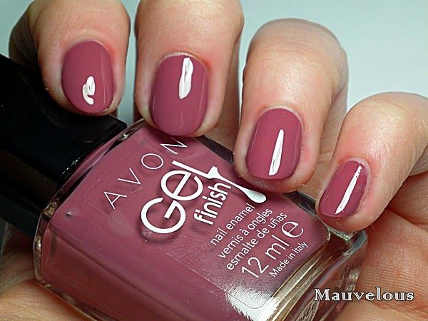 Avon. lakier do paznokci, Avon Gel Finish Crème Brulee, Barely There, Glimmer, Mudslide, Sheer Love, Dazzle Pink, Parfait Pink, Mauvelous, Fabulous, Fire Cracker, Candy Apple, Roses Are Red, Red Velvet, Very Berry, Wine and Dine Me, Orange Crush, Limoncello, Lavender Sky, Purplicious, Perfectly Plum, Envy, Marine Blue, Royal Vendetta, Stearling, nowość od Avon