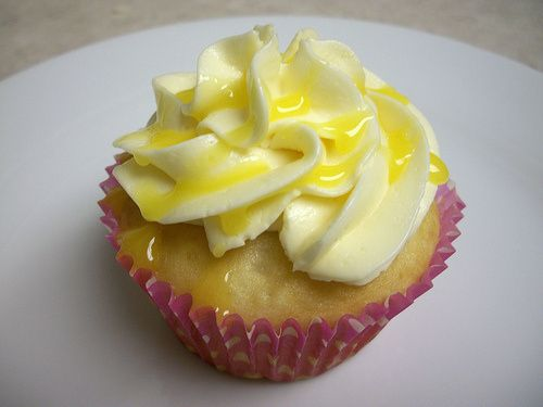 lilikoi (passion fruit) cupcakes
