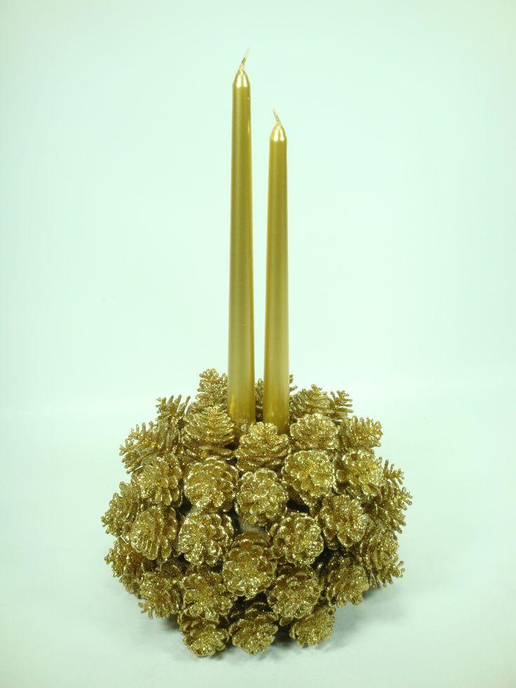 Esfera Sahara + piñas doradas + 2 velas = Hermoso