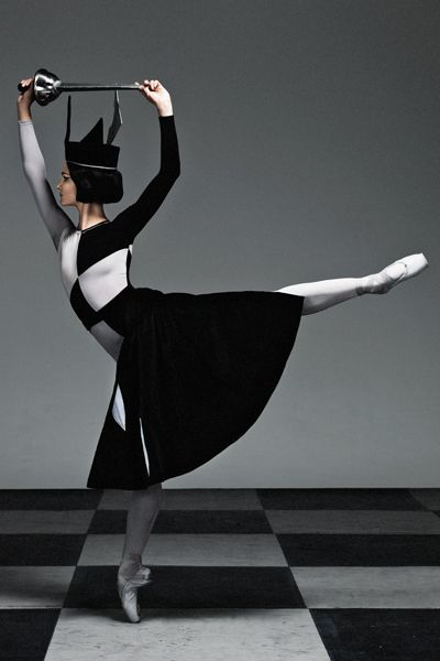 Olivia Bell in Checkmate. The Australian Ballet, 2011 http://theworlddances.com/ #ballet #dance