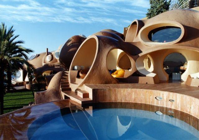 Exterior de una casa futuristica