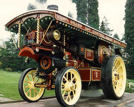 Showmans Traction Engine Hire