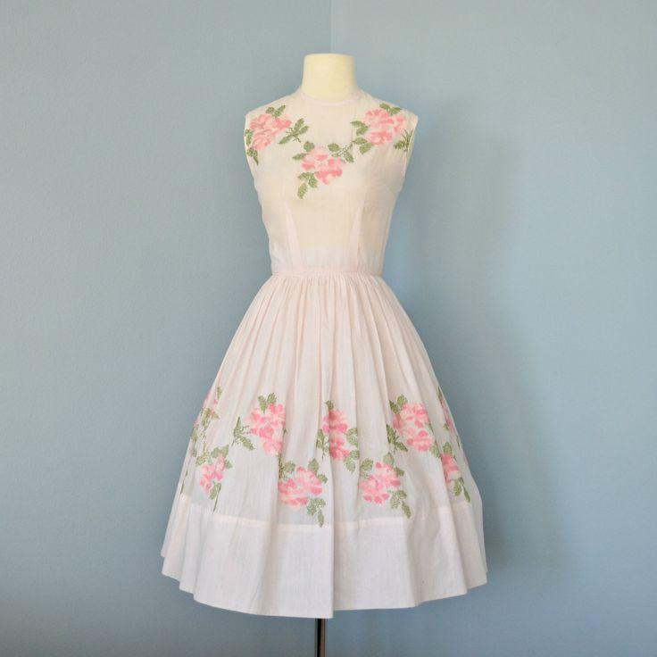 1000  ideas about Pink Vintage Dresses on Pinterest - Vintage ...