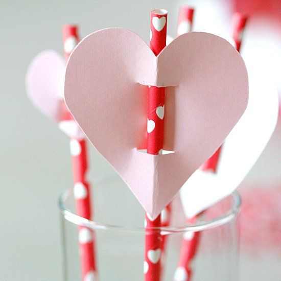 Valentines Day Straw Toppers DIY, also great for pencils and suckers