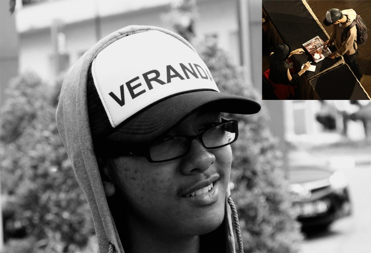 takiyayudha : RT @JKT48 Gallery: HBD @Auvy Ahmad pelopor shoutcap di VVOTA + mimin @KaskusJKT48 smg diwaro ama @veJKT48 :)) #Happy18TeuDiwaroSuramuram h ...   Twicsy, the Twitter Pics Engine