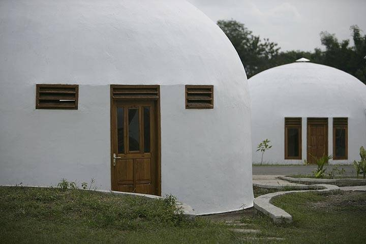 1975 - Present: Monolithic Dome Home  Designed For Disaster  Also known as EcoShells, Monolithic Domes can survive tornadoes, hurricanes, earthquakes, fire, and insects.